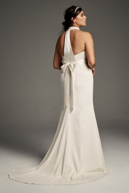 Plus Size Halter Bow Emebllished White Crepe Wedding Gown 8VW351263