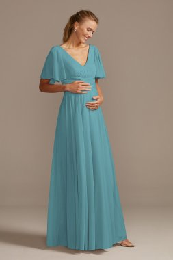 Modern Strapless Short Lace and Mesh Bridesmaid Dress with Scalloped Hem Style F18094