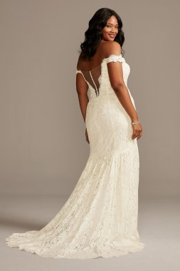 Off Shoulder Plunging Plus Size Lace Wedding Dress 9SWG855