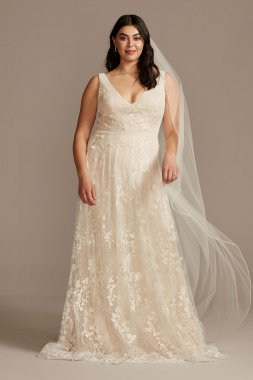 Floral Plus Size Wedding Dress with Veiled Train 8MS251228
