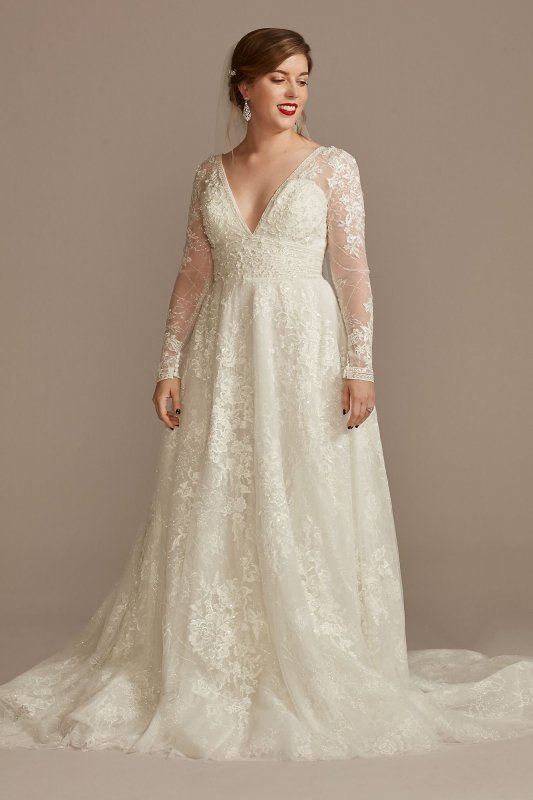 Lace Long Sleeve Keyhole Back Petite Wedding Dress Oleg Cassini 7CWG893