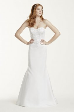 Satin Sweetheart Wedding Dress With Lace Applique Style WG3715