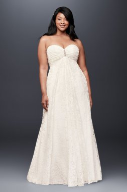 Strapless Sweetheart Neckline Long A-line Leaf Lace Plus-Size Wedding Dress with Brooch 9OP1316