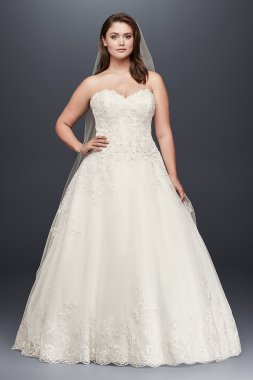 9V3836 Style Long Strapless Sweetheart Neckline Lace Bridal Ball Gown