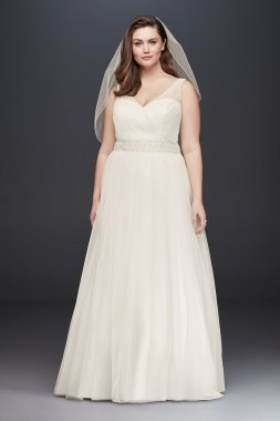 Tank V-neck A-Line Plus Size Tulle Wedding Dress with Beading 9V3852