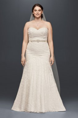 Plus Size 9WG3842 Style Long Mermaid Lace Bridal Dress with Sweetheart Neckline