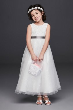 Tulle and Lace Flower Girl Dress with Heart Cutout RK1384