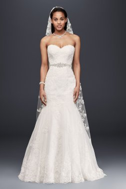 Sweetheart Trumpet Gown with Beaded Sash Style V3680