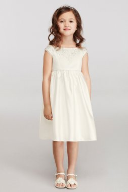 Cap Sleeve Flower Girl Dress with Lace Appliques WG1366